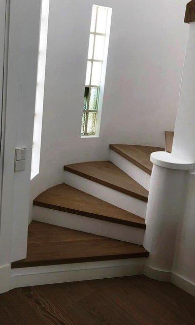 revestimiento en madera para escaleras