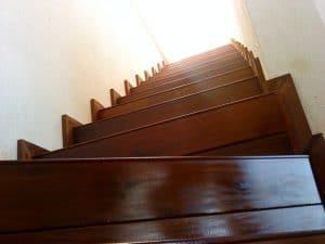 escalera en madera Ipe